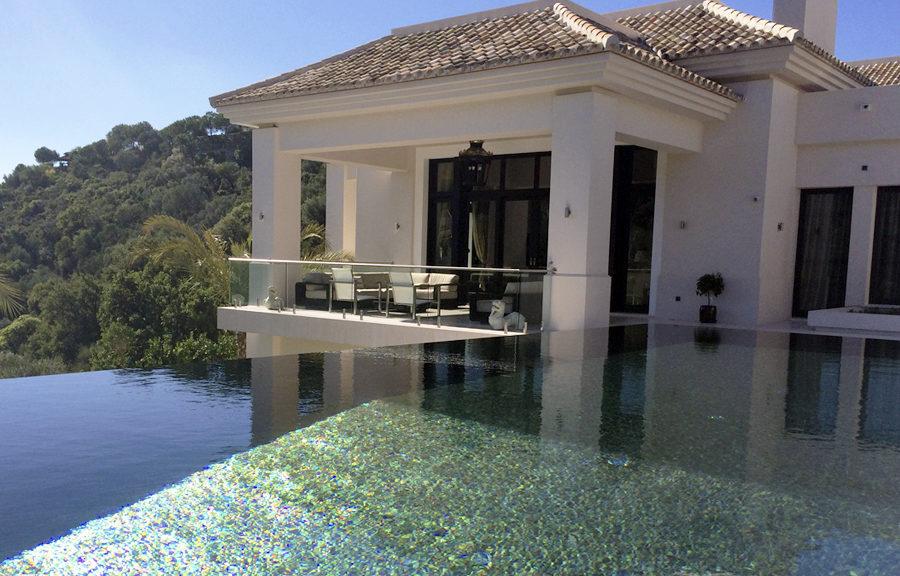 ¿Tienes piscina en casa? ¿No tienes pero vas a construir una?